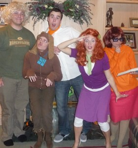 Halloween Costumes For Family Of 3 And Pregnant.Themed Halloween Costumes For Families